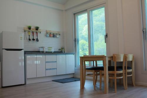 Refresh Pension tesisinde mutfak veya mini mutfak