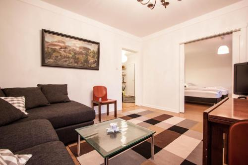 A seating area at GreenKey Apartment R44