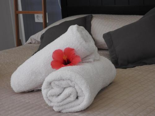 A bed or beds in a room at Holiday studio 3