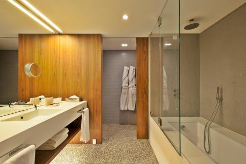 A bathroom at Altis Prime Hotel