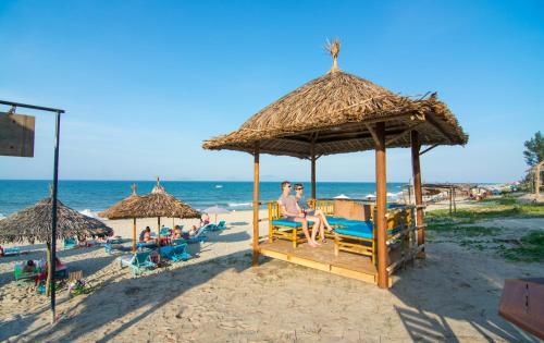 Local Beach Homestay