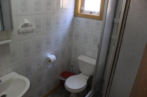 Un baño de Cabaña interior