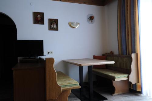 TV tai viihdekeskus majoituspaikassa Landhaus Eichenhof