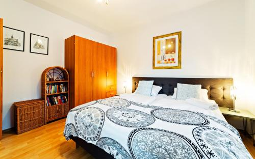 A bed or beds in a room at Apartament EverySky Karpacz - Moniuszki 11a/16