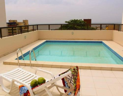 The swimming pool at or near Residencial Porto Farol
