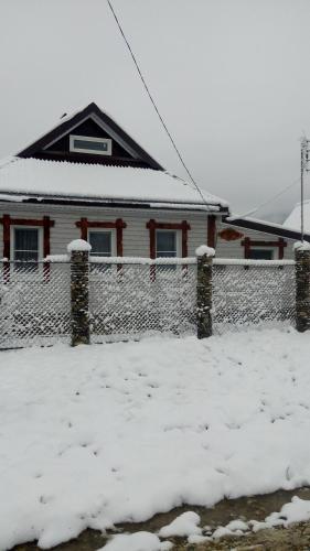 Гостевой дом Белая Дача during the winter