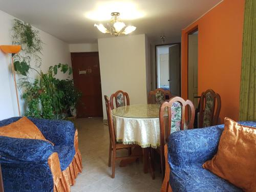 Zona de estar de Departamento residencial en Cuzco