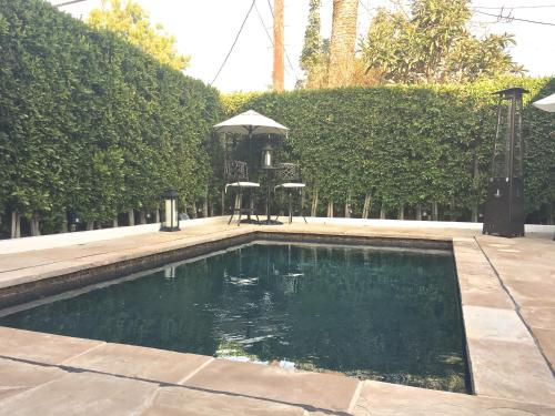 The swimming pool at or near Selby Ave Guest House