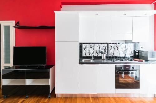 A kitchen or kitchenette at domus actarus