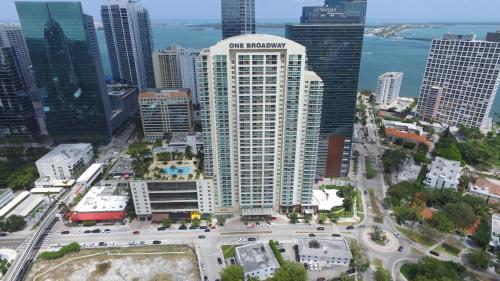 Uma vista aérea de OB Suites Brickell Miami