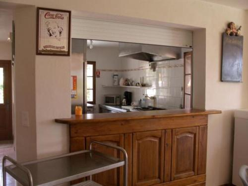 A kitchen or kitchenette at Le Gite Saint André