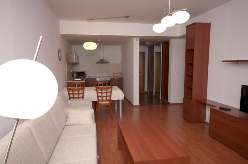 Posedenie v ubytovaní Unipharma Apartments Donovaly