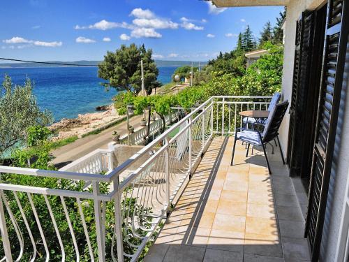 A balcony or terrace at Apartment Bojana