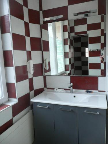 Salle de bains dans l'établissement Residence L'Etoile du Sancy