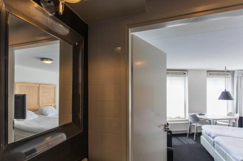 Salle de bains dans l'établissement B's strandappartementen