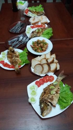 Lunch and/or dinner options for guests at Manuela´s Villa