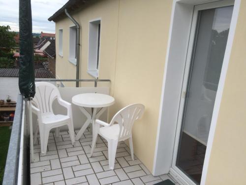 Ein Balkon oder eine Terrasse in der Unterkunft Abelia Apartment