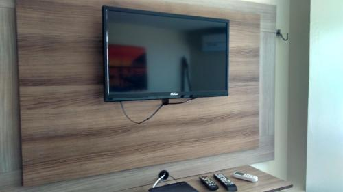 A television and/or entertainment center at Victory Business Flat