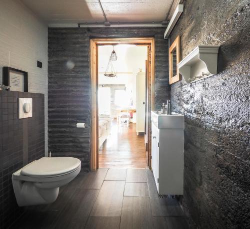 A bathroom at The Garage