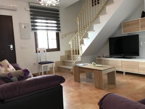 Una televisión o centro de entretenimiento en Leyre`s House
