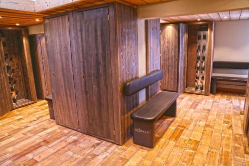 En sittgrupp på Luxury appart – Megève – АЕ202