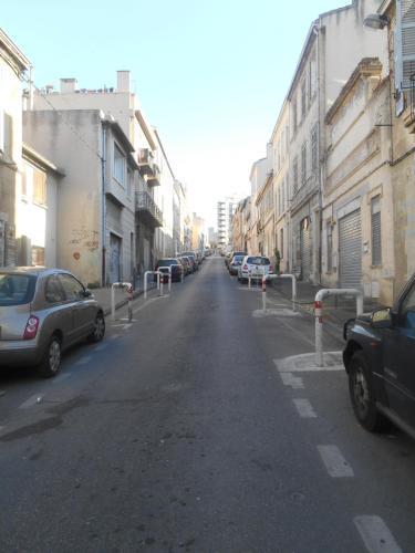 De omliggende buurt of een buurt vlak bij het appartement
