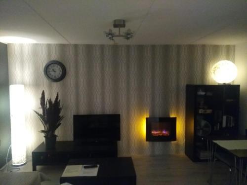 Een TV en/of entertainmentcenter bij Slapen in Dordrecht