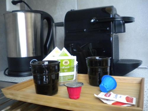 Set per la preparazione di tè e caffè presso Agriturismo Azienda Viti-Vinicola Hostettler