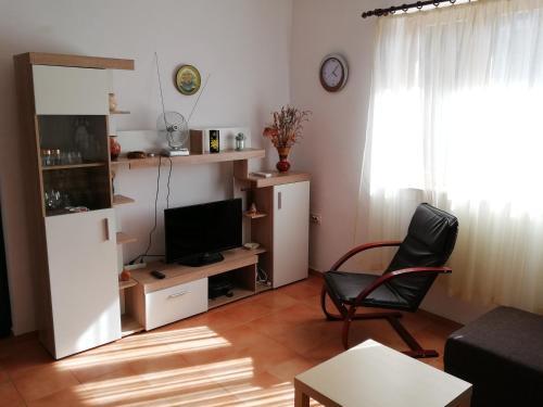 TV a/nebo společenská místnost v ubytování Kod Male Gospe