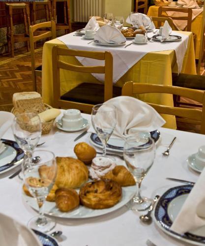 Hotel Castilla (España Albacete) - Booking.com