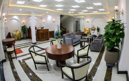 Khách sạn Vĩnh Hội
