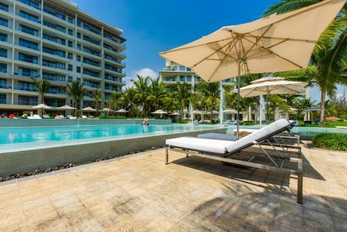 Top Floor 2 BR Luxury Apartment 5* Ocean Villa Resort