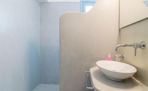 A bathroom at Villa Venus