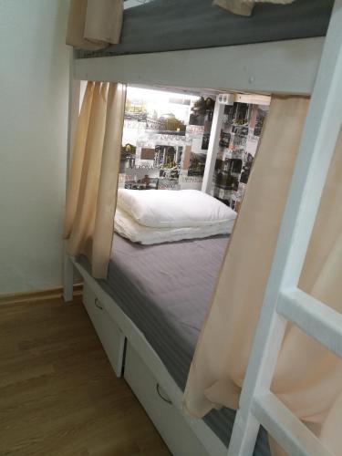Кровать или кровати в номере Hostel03RUS