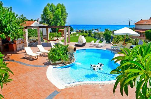Click Here to go to see Angelina Villas