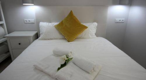 A bed or beds in a room at Ferhouse Dreams Pátria