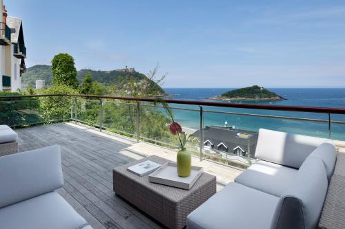 A balcony or terrace at Villa Baena by FeelFree Rentals
