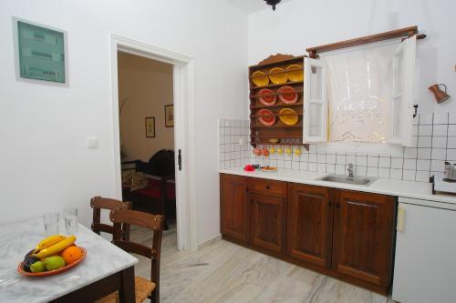 A kitchen or kitchenette at Ostria