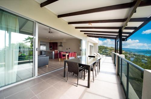 A balcony or terrace at Whitsunday Reflections