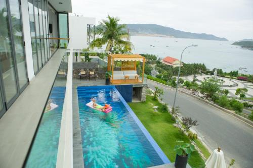 Harbor View Villa