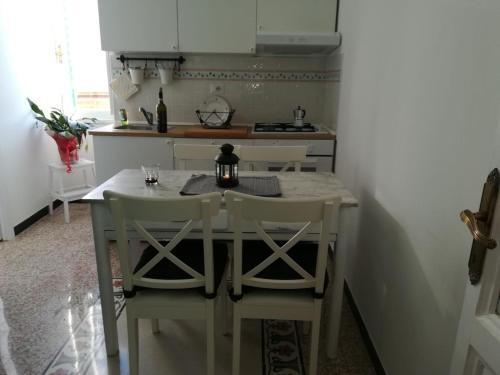 A kitchen or kitchenette at Apartment at Pigneto