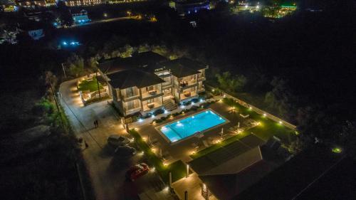 Θέα της πισίνας από το Zante Suites ή από εκεί κοντά