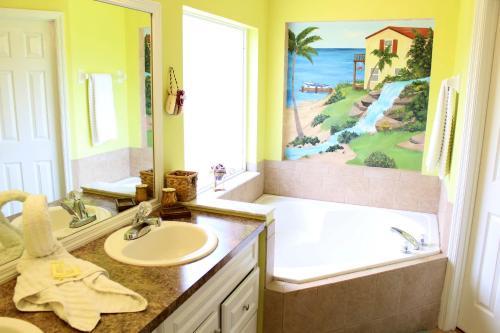 Uma casa de banho em Elite Homes - Lake Berkley