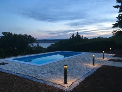The swimming pool at or near Villa Pinia kuca za odmor s bazenom