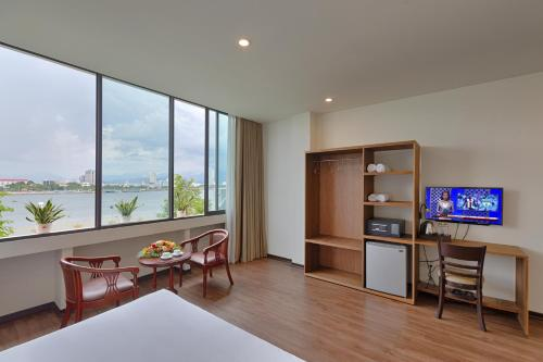 Vitalis Riverside Hotel
