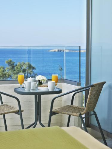 Ein Balkon oder eine Terrasse in der Unterkunft Amarilia Hotel