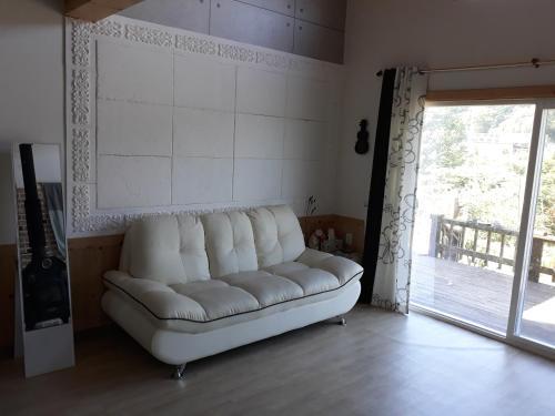 Een zitgedeelte bij Sunny Terrace