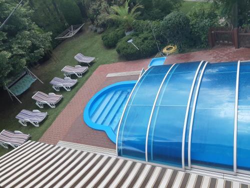 Výhled na bazén z ubytování Király Nyaraló nebo okolí