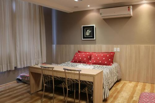 A bed or beds in a room at Solar do Centro