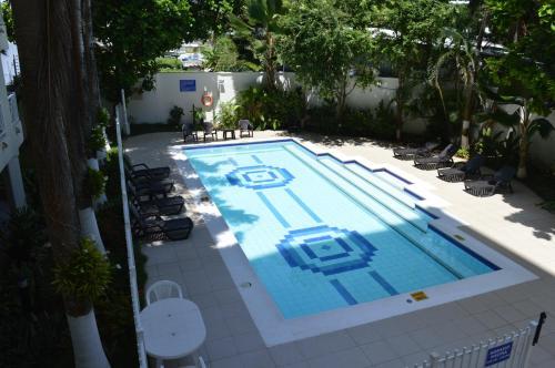 Vista de la piscina de Edificio Bay Point Apartamento 403 o alrededores